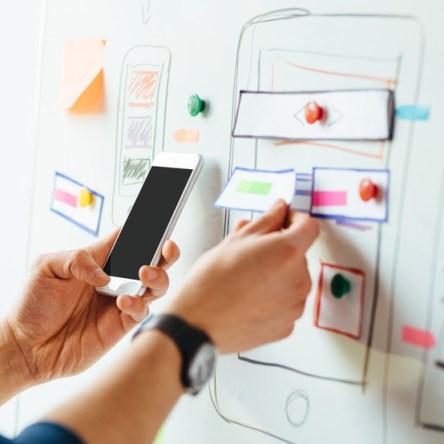 Nos encargamos de analizar tu proyecto y llevar al éxito el desarrollo tecnológico del portal.