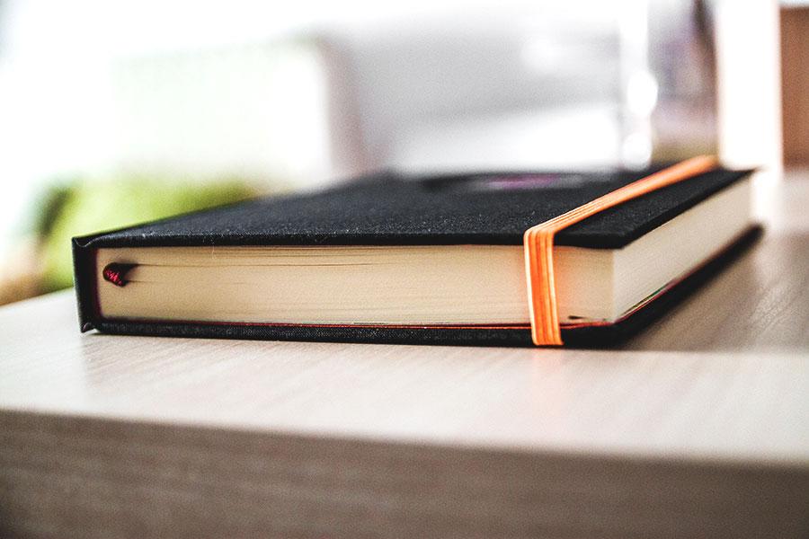 Agenda personalizada diaria encuadernación artesanal