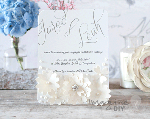 Lace Flowers with Pearls pretty wedding invitation to make yourself. Idea to make your own floral wedding stationery and invitations