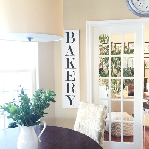 How to Make a Bakery Sign (like the one on Fixer Upper)