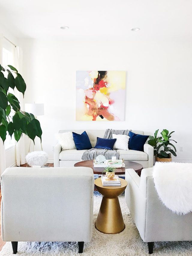 Update Your Walls -- Benjamin Moore Simply White