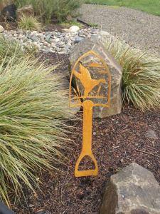 garden designer shovel