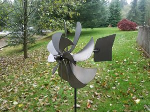 kinetic whirligig