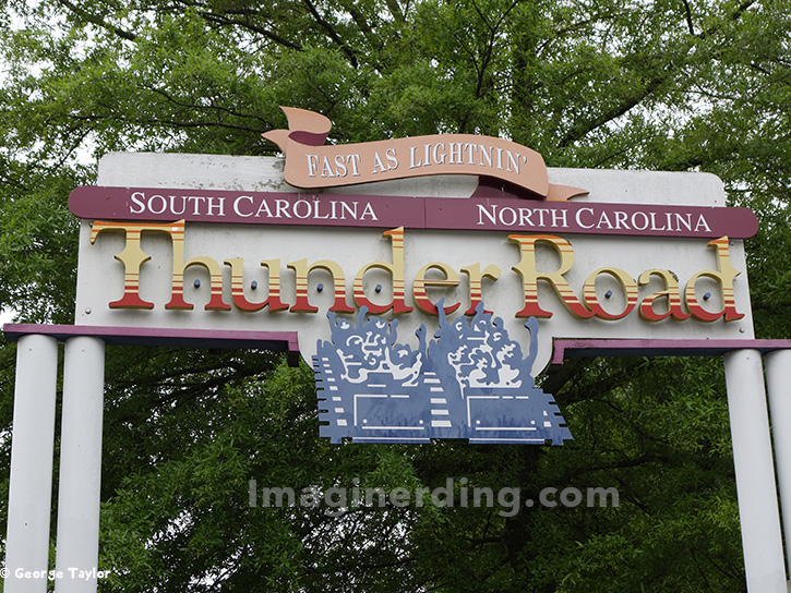 carowinds-thunder-road-sign-roller-coaster