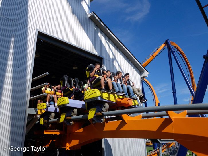 Kings-Dominion-roller-coasters-04