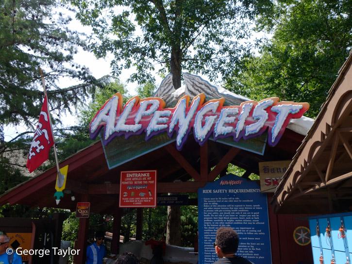 Busch-Gardens-Roller-Coasters-(8 of 18)