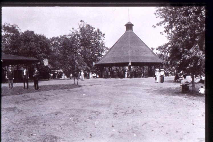 riverside park asheville carousel merry-go-round