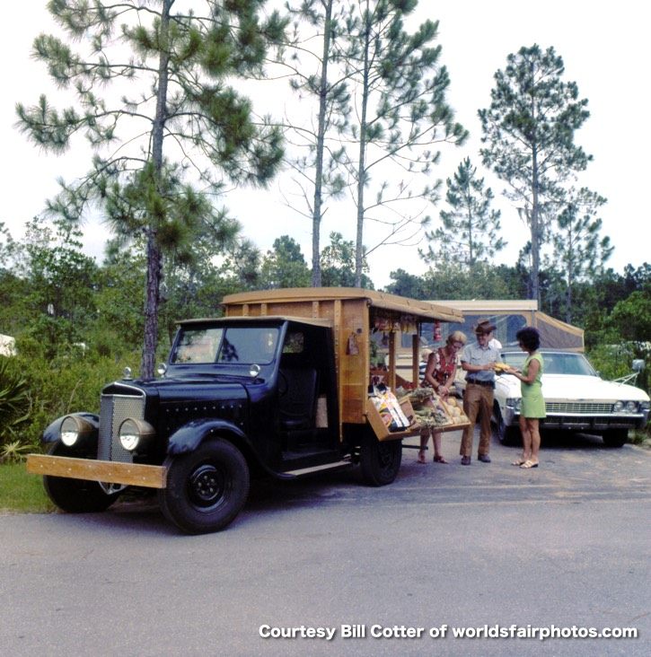 image of the fort wilderness peddlar truck from the 1970s