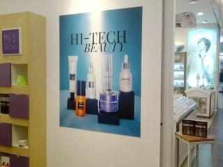 pemasangan stiker di Hitech Beauty Transmall Makassar