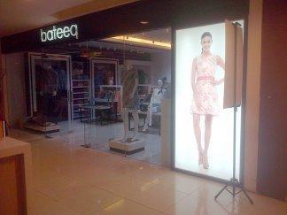 pemasangan duratrans nenonbox Bateeq di Trans Mall Makassar