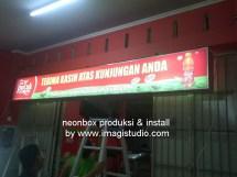 Pemasangan Neonbox 2 Sisi 4 x 0,5 Meter di Pallubasa Onta Makassar