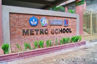 Huruf Timbul Stainless Sttel Metro School Makassar