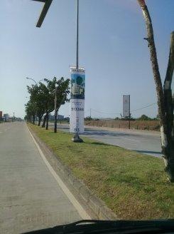 pemasangan T banner jalan Lingkar Barat