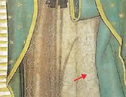 Abb. 25: Blumen auf dem Kleid