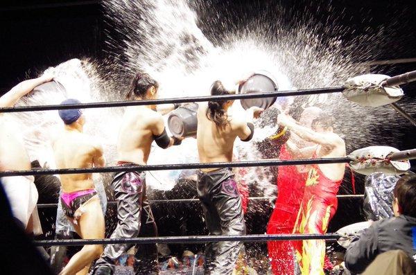 25 Matches That Defined 2016 #15 – Poseidon Adventure Splash Match – BJW @ Shinkiba 1st-Ring 02/02/16