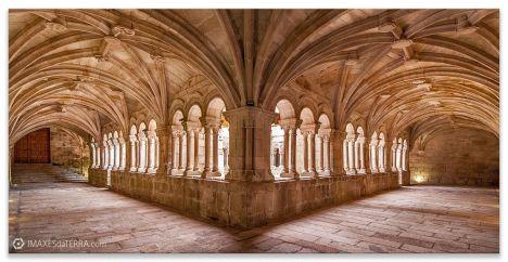 Claustro Monasterio de San Estevo de Rivas de Sil, fotografías de Galicia decoración