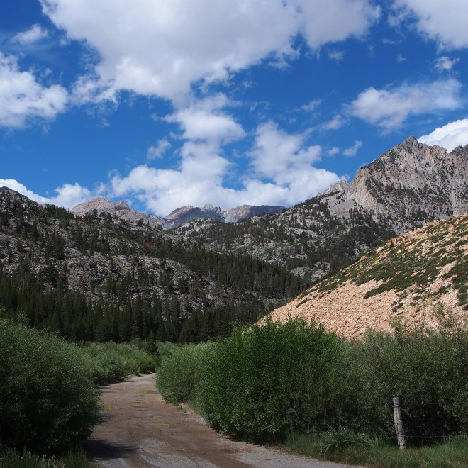Road from the parking lot to trailhead