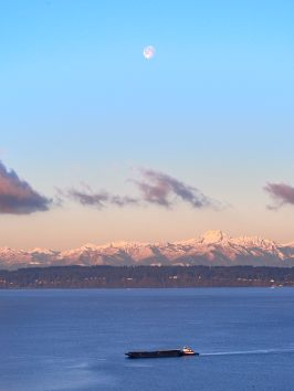 Snow moon and the Olympic Mountains