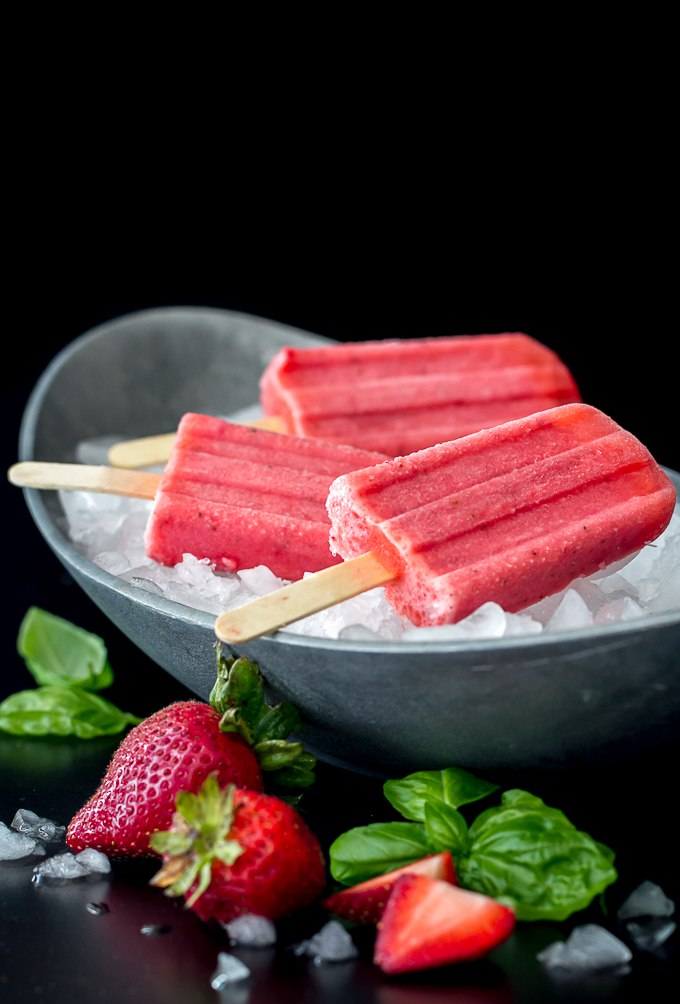 Strawberry Basil Martini Popsicles - such a fantastic flavor combination. Can also be made without alcohol if you want.