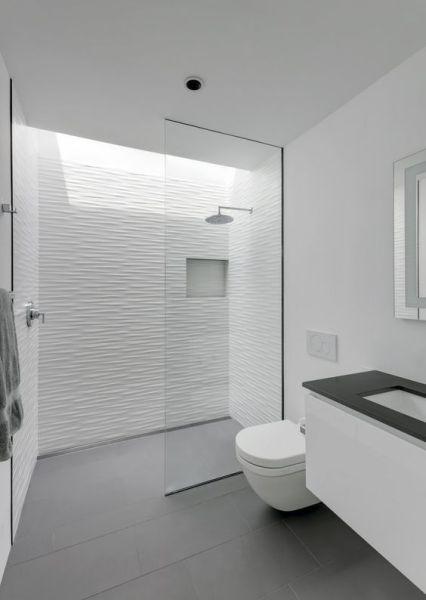 baños en blanco reformados para vender o alquilar tu vivienda