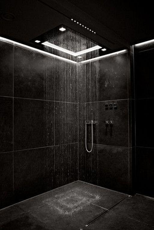 decoración en negro para platos ducha de baños