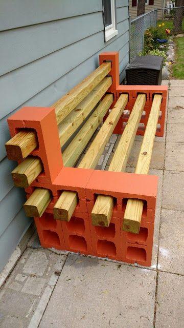 banco de madera con bloque de hormigón