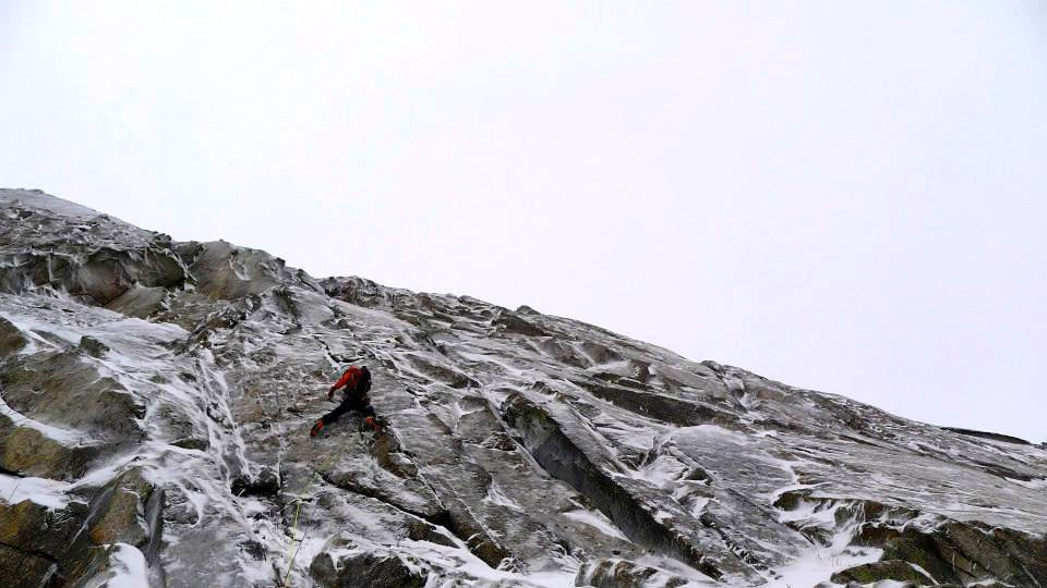 Bayard Russell attempting a new line on Kathadin, December 2013.