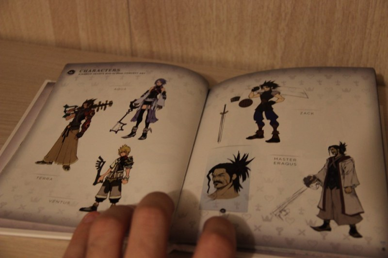collector_kingdom-hearts-ii.5-hd-remix_artbook-personnages