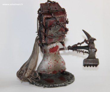 Collector - The Evil Within - The Keeper Bobblehead - image 01