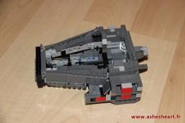 Lego - Set 75104 Kylo Ren's Command Shuttle - image 13