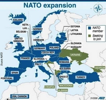 η πορεία επέκτασης του ΝΑΤΟ  με τις χώρες μέλη και τις χώρες που ετοιμάζονται να ενταχθούν...