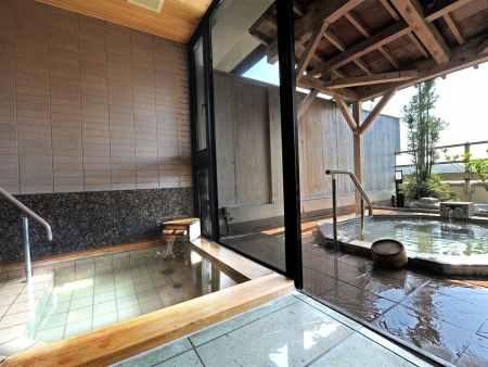 【金沢・辰口温泉 まつさき】貸切の露天風呂