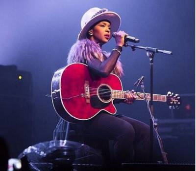 Lauryn Hill assures fans of coming to South Africa