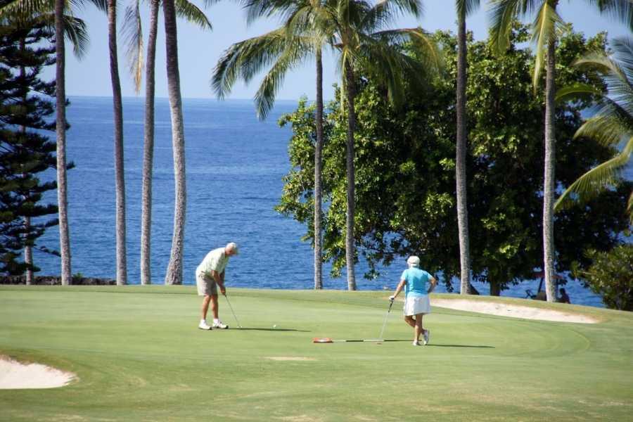 Seniors in Hawaii