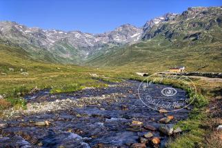 Immagini-del-lario-Vallespluga-valdigiust-madesimo-e-dintorni (5)