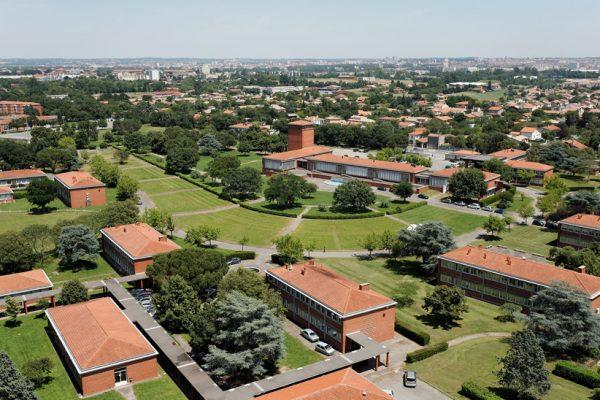جامعة تولوز