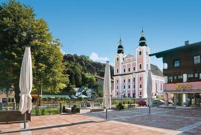 dorfplatz-brixen-im-thale-2