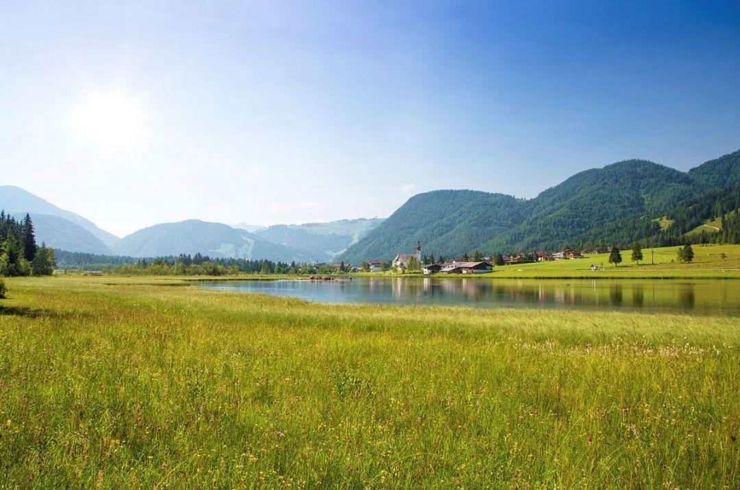 kitzbueheler-alpen-pillerseetal-st.-ulrich-am-pillersee-sommer-ortsansicht-1-rol.art-images-1