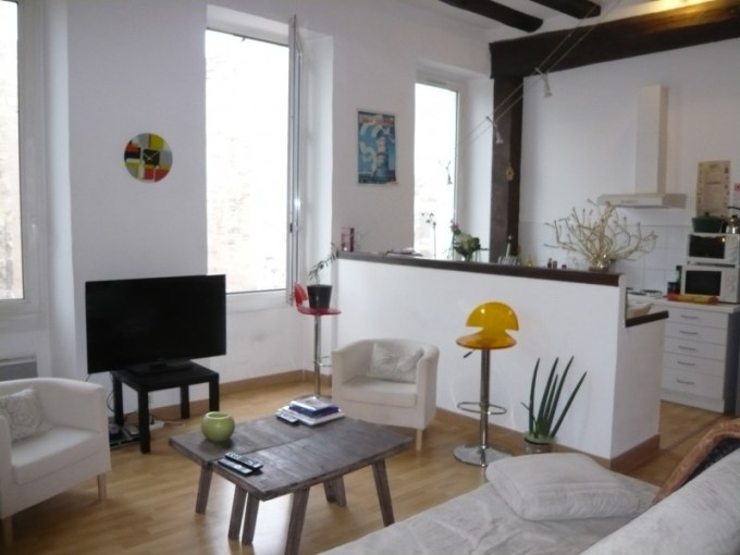 Locations APPARTEMENT T2 F2 MARSEILLE 13007   QUARTIER SAINT VICTOR     Location APPARTEMENT T2 MARSEILLE 13007   QUARTIER SAINT VICTOR 7    me    BEAUCOUP DE CHARME   T2 3