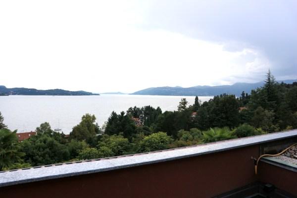(Italiano) Monolocale arredato vista lago