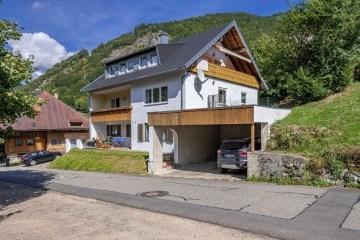 PROVISIONSFREI für Käufer ++RESERVIERT++ Große Schwarzwald-Traumblick-Wohnung, 79674 Todtnau, Erdgeschosswohnung