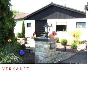 ++VERKAUFT++   Komfort und Natur in Ihrer schönsten Verbindung  – Großzügiger Winkel-Bungalow in Schallbach (Kaufpreis auf Anfrage!), 79597 Schallbach, Einfamilienhaus