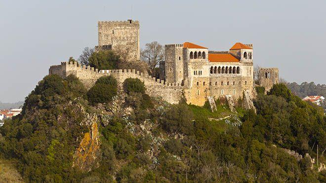shutterstock 436593862 Visual Cortex Leiria Castle