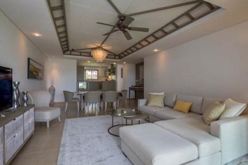 Appartement de 211m2 dans un style contemporain face au Golf et l'Océan17