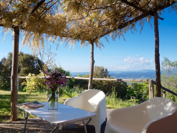 Ferme avec piscine à vendre en bord de mer en Toscane Italie