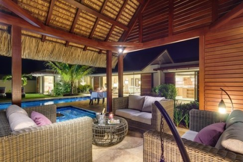 villa de charme offre de grands volumes avec une construction de plain-pied