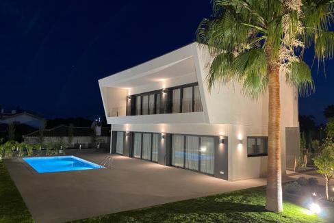Villa sur un terrain de 841 m2 vous pourrez profiter de la Costa del Sol 14