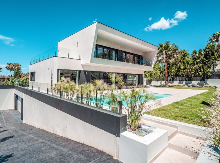 Villa sur un terrain de 841 m2 vous pourrez profiter de la Costa del Sol|Villa sur un terrain de 841 m2 vous pourrez profiter de la Costa del Sol|||||||||||||