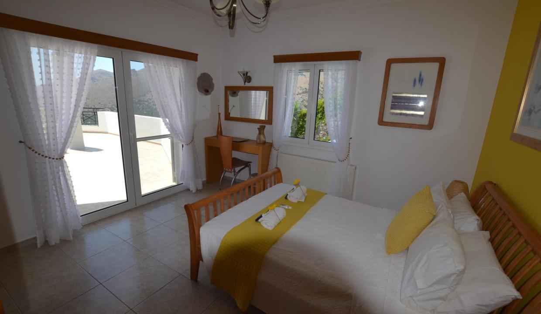 Vue panoramique sur la Méditerranée villa 4 chambres 220m2 licence EOT15