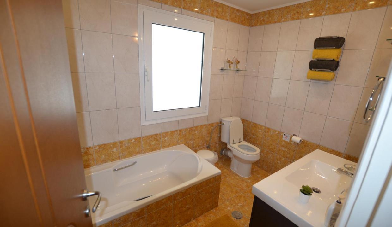 Vue panoramique sur la Méditerranée villa 4 chambres 220m2 licence EOT21